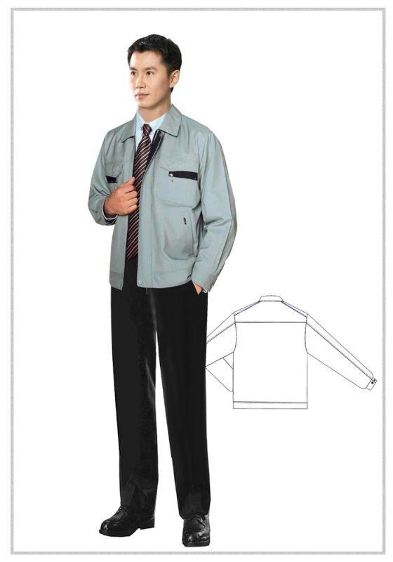 商务休闲西服打领带需要注意些什么?